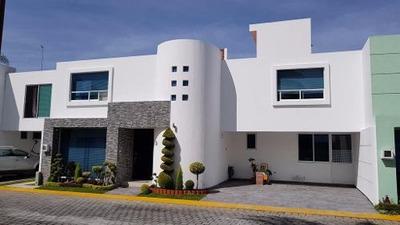 Venta Casa En Fraccionamiento Pontevedra Sobre Boulevard Atlixco