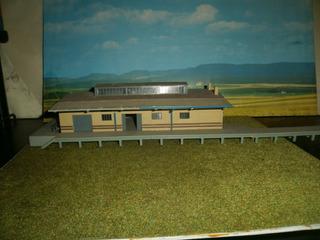 Galpon De Ferrocarril, Con Anden Kibri Escala H0