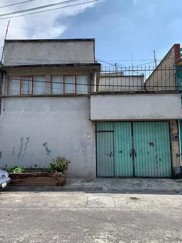 Casa En Venta En Las Peñas, Iztapalapa.