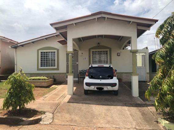 Se Vende Casa Altos De Araguaney La Chorrera