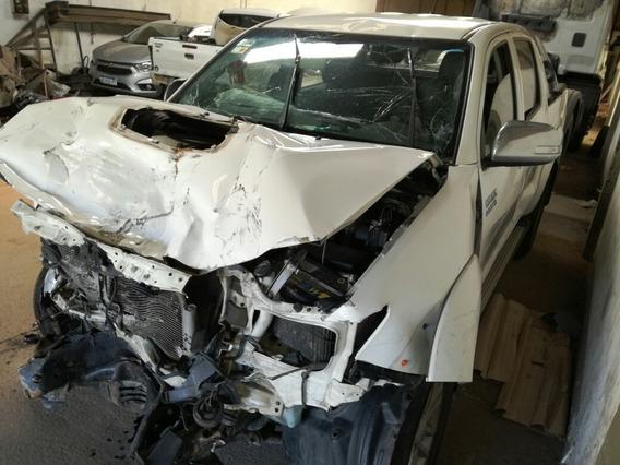Toyota Hilux L12 3.0 Tdi 4x4srv Cuero Chocada