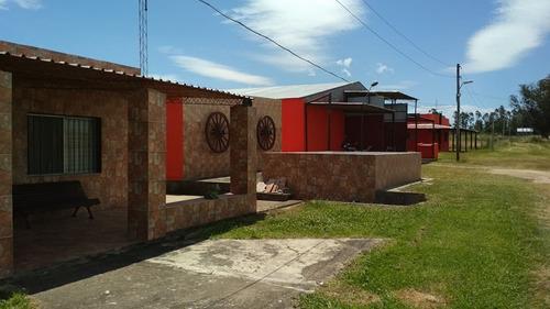 Campo, 100 Hectáreas, 2 Casas.