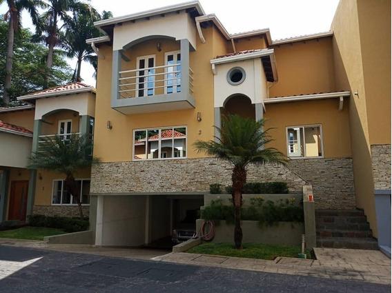 Town Houses En Venta / Jhonny Castillo 0414-5865382