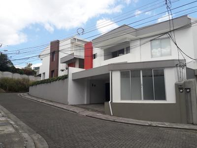 Casa En Condominio . Llorente De Tibás.
