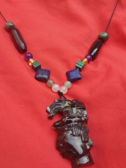 Collar De Rey Pakal De Jade Negro Con Cuarzo
