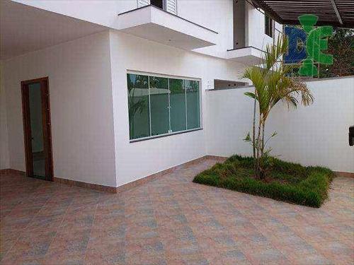 Sobrado Com 3 Dormitórios À Venda, 170 M² Por R$ 750.000,00 - Cidade Jardim - Jacareí/sp - So0044