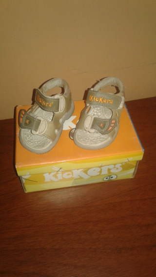 Sandalias Para Bebe Kickers, Talle 18, En Caja