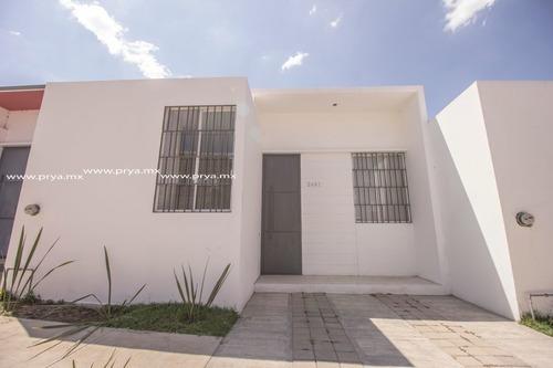 Casa En Venta De Una Sola Planta.