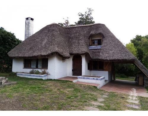 Casa En Venta, Pinares, Punta Del Este- Ref: 30368