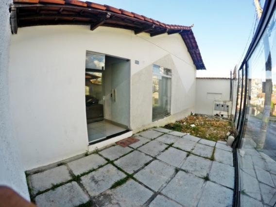Casa Comercial Para Alugar No Caiçara Em Belo Horizonte/mg - Mat1896