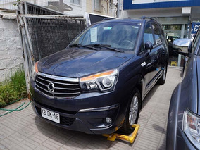 Ssangyong Stavic 2.2 Mt 4x2 Full 2018