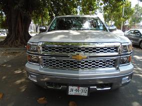 Chevrolet Cheyenne 5.3 2500 Doble Cab Ltz 4x4 At
