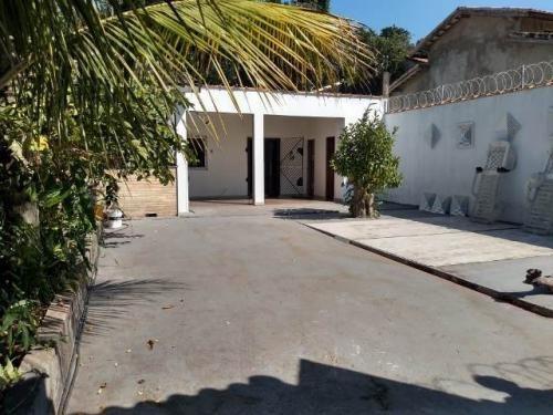 Casa Em Itanhaém Lado Praia, 700 Metros Do Mar.