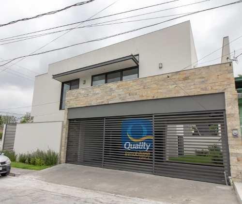 Casa En Venta En San Pedro Garza Garcia Valle Oriente