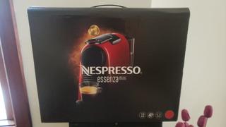 Cafeteira Nespresso Essenza Mini D30 Verm 127v Café Espresso