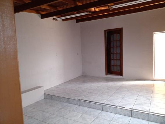 Casa Residencial Para Aluguel, 2 Quartos, 1 Vaga, Medianeira - Porto Alegre/rs - 3385