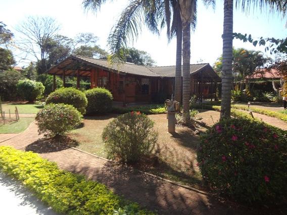 Casa 04 Quartos, Sendo 02 Suíte, Lote Com 2.000 M² Maravilhoso Paisagismo - 528