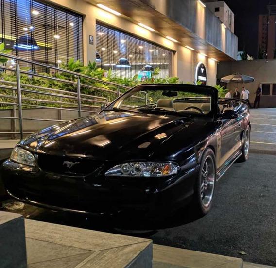 Ford Mustang Gt Conversivel V8