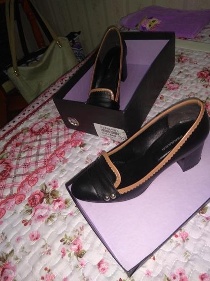 Zapatos De Cuero Nro 37 .ferraro