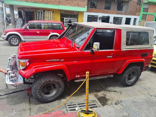 Toyota Land Cruiser Diesel 4x4 Carpada