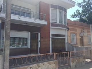 Boulevar Artigas C/ Garibaldi. Empresas, Institutos, Familia