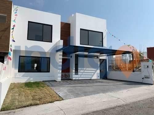 Residencia Nueva En Venta En Lomas De Juriquilla