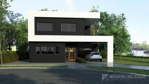 Imagen 1 de 3 de Casa - Vila Marina I