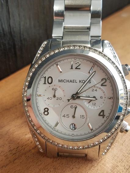 Reloj De Mujer Mk Plateado Banda De Acero Inoxidable Mk5165