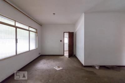 Casa Com 4 Dormitórios E 2 Garagens - Id: 892893450 - 193450