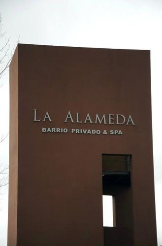 Lote En Country La Alameda Canning
