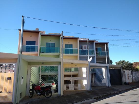 Sobrado Residencial Em Bragança Paulista - Sp - So0067_brgt