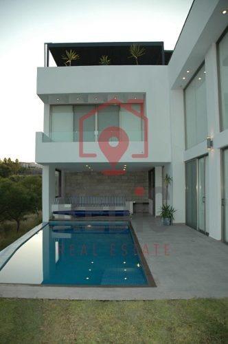 Casa De 4 Hab Y Alberca En Cumbres Del Lago, Juriquilla