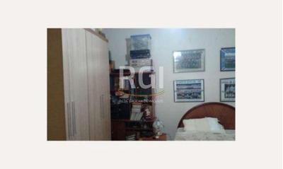 Casa Em Cidade Baixa Com 3 Dormitórios - Vi2740