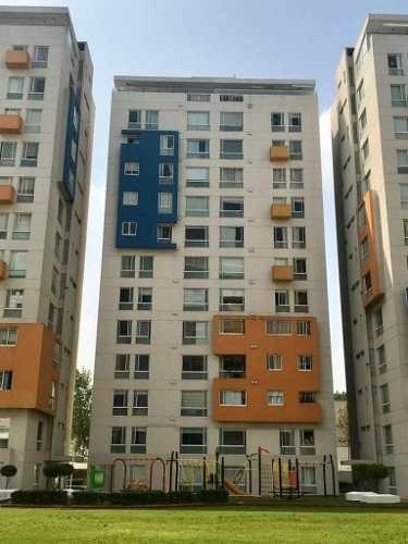 Departamento Con Excelente Ubicación En Col. Granada