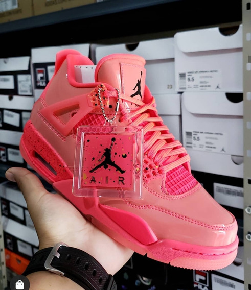 Jordan Retro 4 Hot Punch