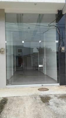 Moderno Local Comercial En El Centro