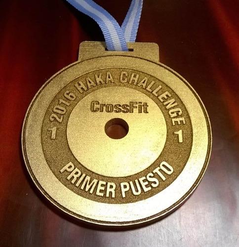 Imagen 1 de 4 de 36 Medalla  Metal Cross Tecno Karate  60 Mm
