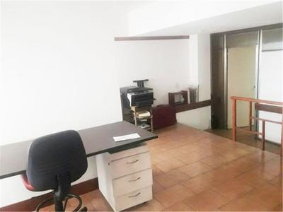 San Pedrito 200 - Oficina Con Hab. Priv + Cochera En Flores
