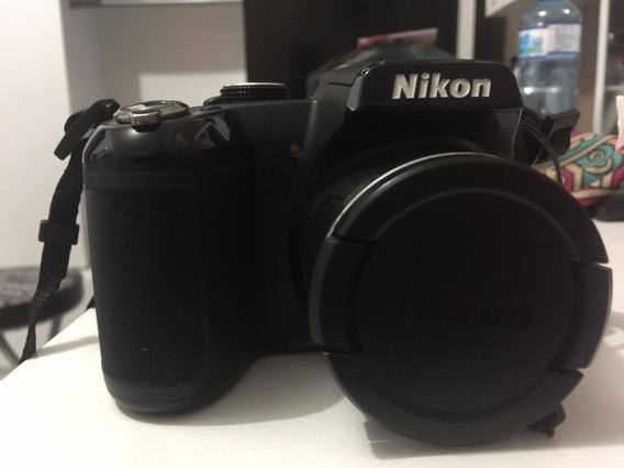Câmera Semi-profissinal Nikon Coolpix.