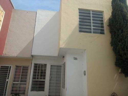 Casa En Venta En Zapopan, Colonia Parques De Tesistan.