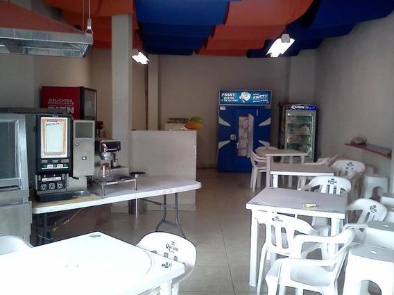 Plaza Comercial Del Colegio Miraflores