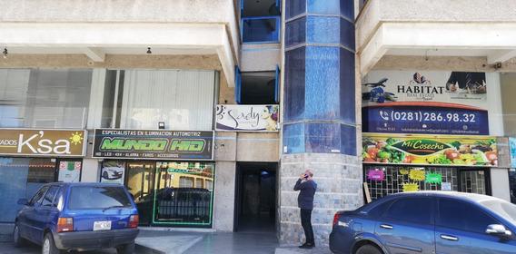 Venta De Local En Centro Comercial Centro G Lecheria