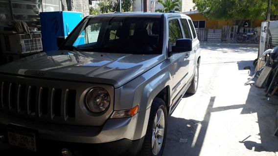 Jeep Patriot 2.4 Latitut 6vel Mt 2014