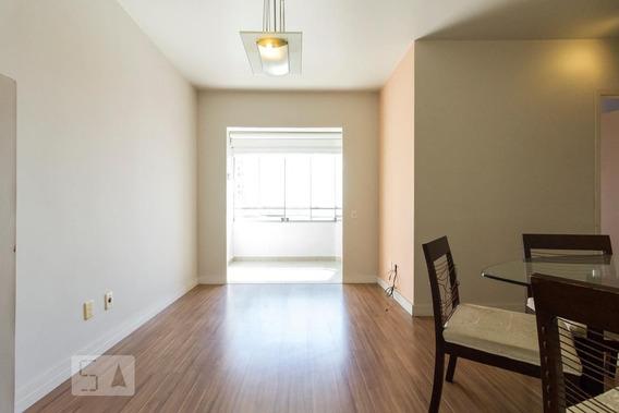 Apartamento No 10º Andar Mobiliado Com 2 Dormitórios E 2 Garagens - Id: 892933578 - 233578