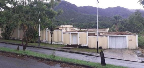 Casa En Venta En El Castaño Mls 20-10137 Jd