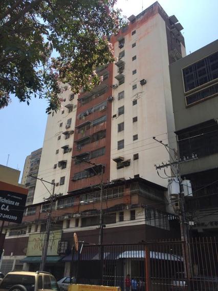 Apartamento Cómodo Y Económico En Venta 04243509446