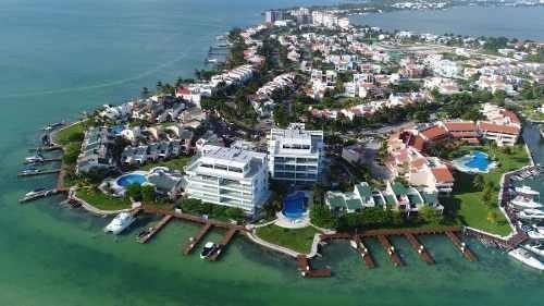 Departamento En Venta Cancún En Isla Real Con Vista A La Laguna