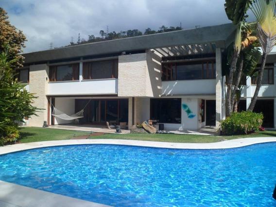 Casa Vip En Venta El Marques 5h- 8b- 5p
