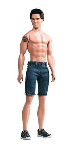 Barbie Collector Twilight Saga Luna Nueva Jacob Doll.