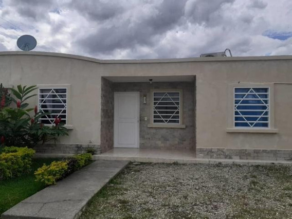 Casa En Venta Araure Portuguesa 20 6405 J&m 04120580381